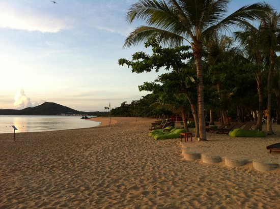 W Koh Samui : Maenam Beach in the morning