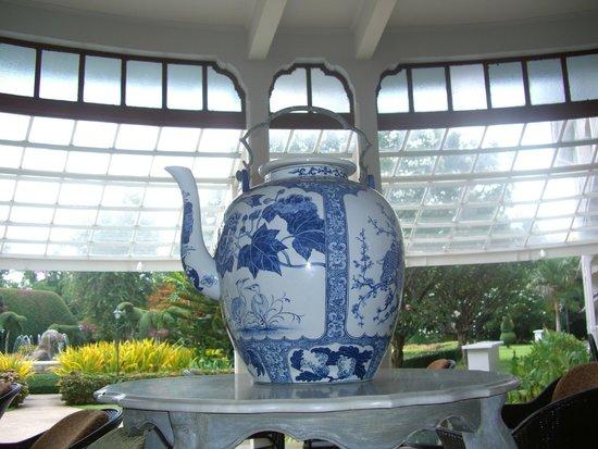 The Museum Coffee & Tea Corner: Giant Teapot