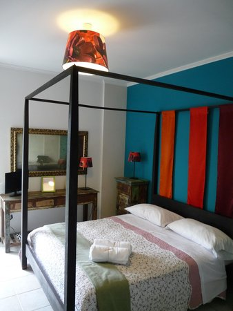 Abbraccia Morfeo: Habitación con balcón y baño privado