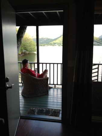 Paradise Bay Resort Hawaii: View from room interior