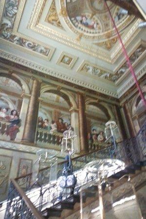 Kensington Palace : Grand staircase
