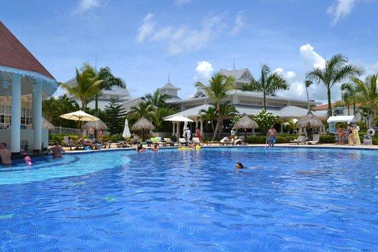 Luxury Bahia Principe Esmeralda Don Pablo Collection: Pool and Lobby