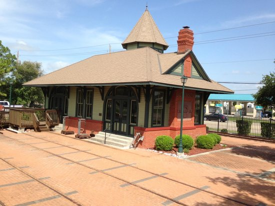 The 1902 Dickinson Railroad Depot