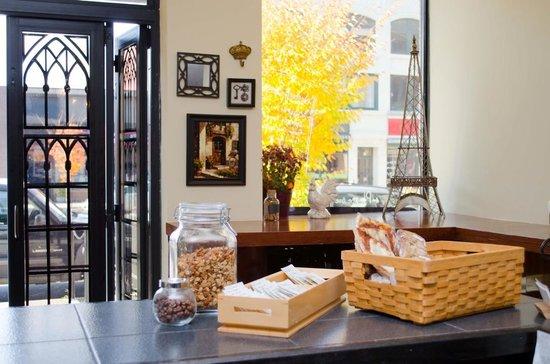 Madeleine's Patisserie & Cafe