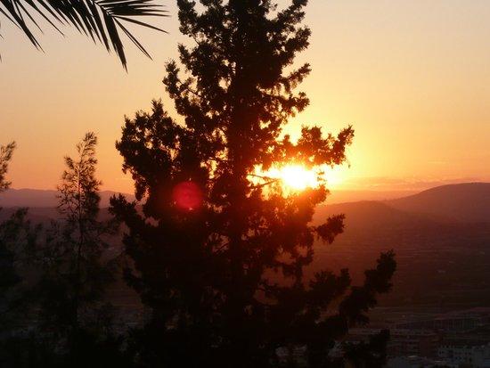 Hotel Montsant: sunset view
