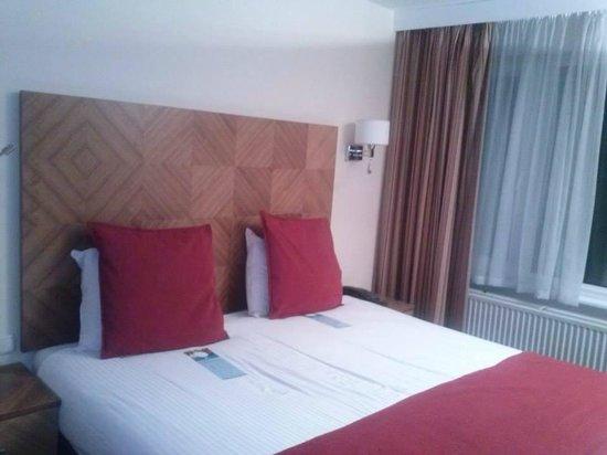 The Alfred Hotel: Cama