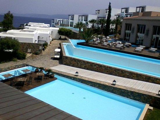 Sensimar Elounda Village Resort & Spa by Aquila: Aquila Elounda Village Außenbereich Restaurant und Lobbybar