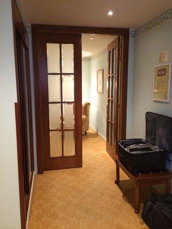 Hotel Horus Zamora: Hallway