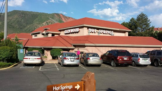 Glenwood Hot Springs Lodge: The pool complex