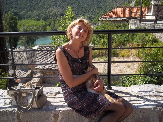 Medjugorje Tours & Travel Day Tour: Our guide Owner-guide Zana makes a new friend along the way