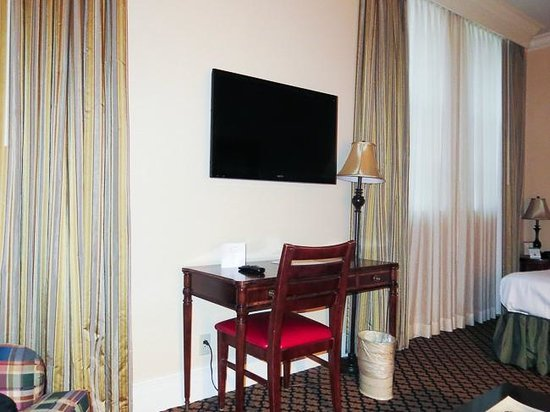 The Lafayette Hotel: TV and desk