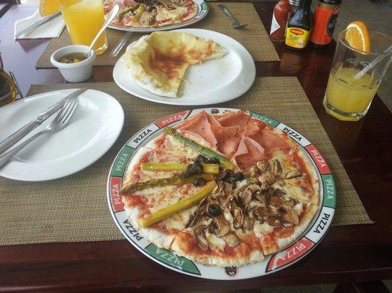 Rolandi's : Pizza cuatro estaciones