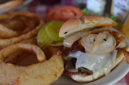 Belmont Grill: Belmont Burger