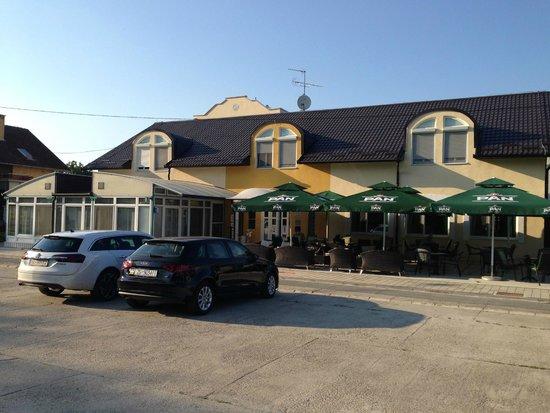 Hotel Villa Valpovo