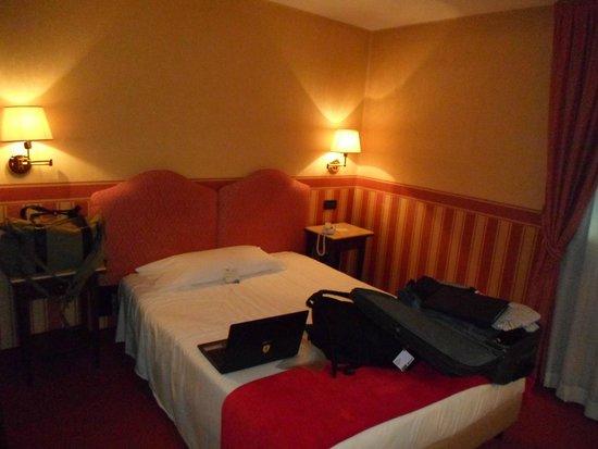 Hotel Tritone : Meu quarto adorei e sem a exploração de venezia ilha com a sua velharia