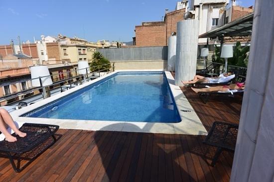 Hotel Claris: Rooftop pool at Pau Claris, Barcelona, Spain.