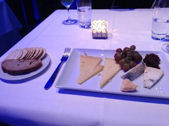 Oxo Tower Restaurant, Bar and Brasserie: Selezione di formaggi