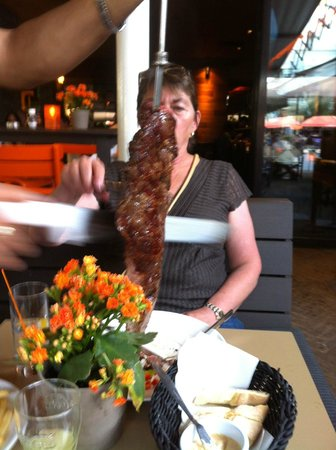 Rodizio: Mom being served Lomo
