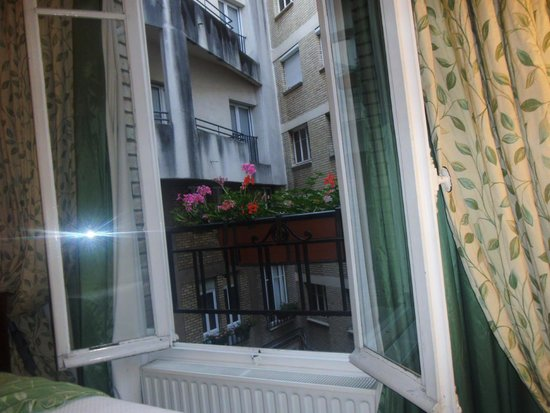 Hotel Nicolo: view from french doors in room