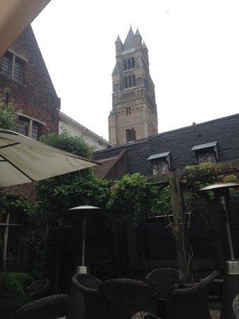 Cafedraal: Prachtig terras in hartje Brugge