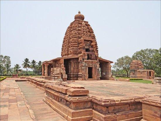 Le temple de Galanatha ou Galganatha fait partie du site de Pattadakal (patrimoine mondial UNESC