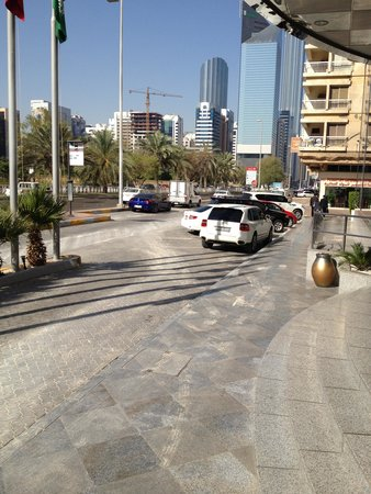 Corniche Hotel Abu Dhabi: the view from the doors
