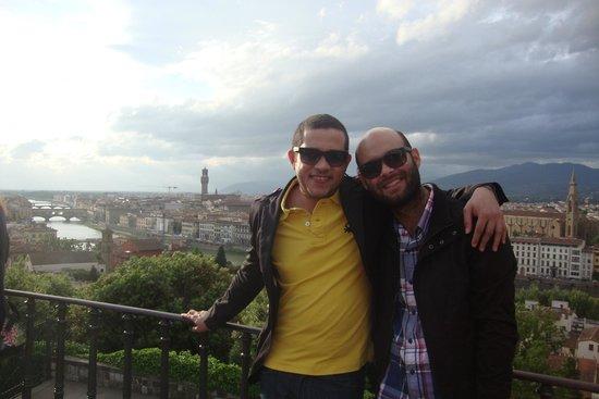 Esplanade Michel-Ange (Piazzale Michelangelo) : Vista de Firenze a partir da Piazzale Michelangelo