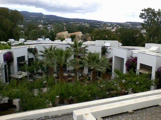 Grecotel Creta Palace Hotel : Grecotel Creta Palace Außenbereich des Hauptrestaurants