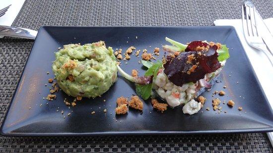 Restaurant Délicatessen : guacamole & poisson en dés