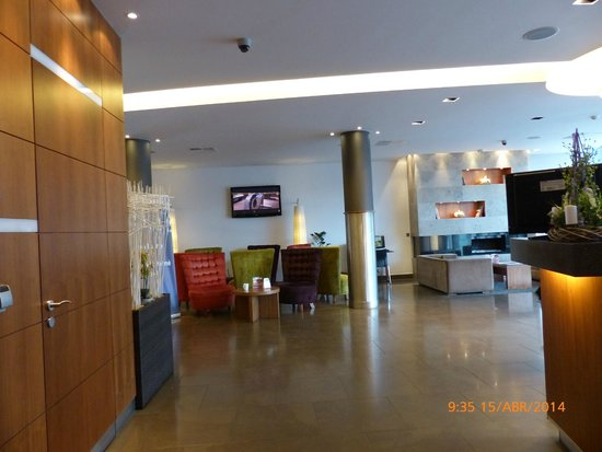 Jurys Inn Hotel Prague: Recepción
