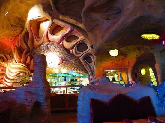 Mythos Restaurant at Universal's Islands of Adventure: Cool atmosphere