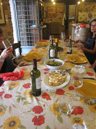 Tuscan Culinary One-Day Cooking Class: Getting ready to dine on the makings