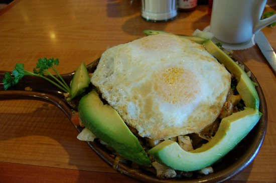 Flappy Jack's Pancake House: Fresh California avocado skillet breakfast