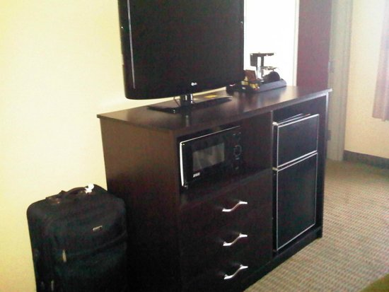 Quality Suites: Room amenities