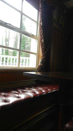 Wild Duck Inn: Interior
