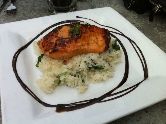 Whetstone Station Restaurant and Brewery: Miso maple glazed salmon was the best salmon I have eaten.