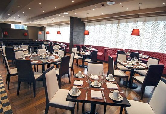 DoubleTree by Hilton Hotel Bogotá - Parque 93: Restaurante Agata