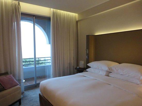 Radisson Blu 1835 Hotel & Thalasso: Schlafraum Suite