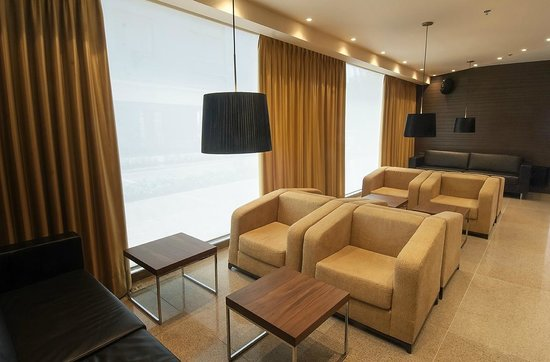 DoubleTree by Hilton Hotel Bogota - Parque 93: Lobby