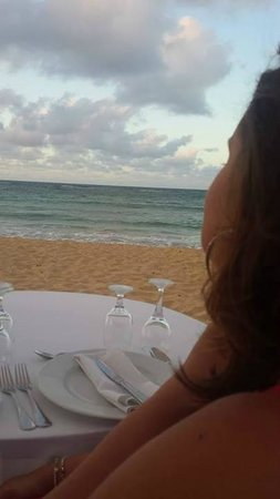 Dreams Punta Cana Resort & Spa: Dinner on the beach