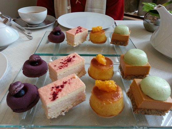 Wellington Lounge: Bluberry macaroon, plum celeriac torte, mandarin tart, hazelnut bakewell
