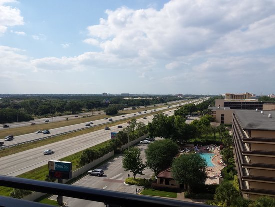 Rosen Inn at Pointe Orlando: Highway Side (G building)