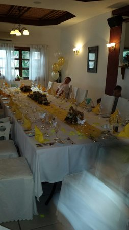 Romantica Restaurant: Thanks bambos for making our table look so beautiful and balloons looked great too