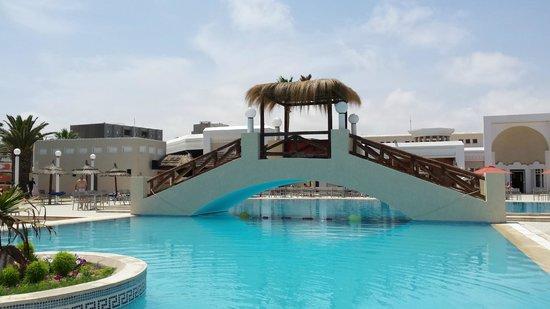 Eden Village El Borj : piscina