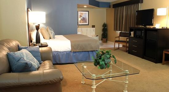 AmericInn Lodge & Suites Clear Lake