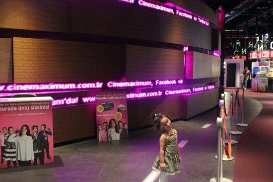 Kanyon Shopping Center: Cinema my daughter Farwaa Khan