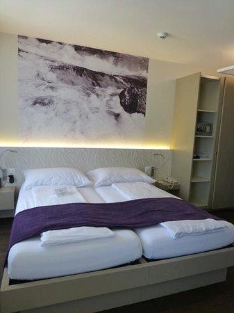 CASCADA Hotel: Zimmer