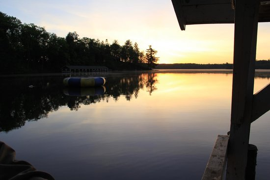 Timber Bay Resort and Cabins: View from dock