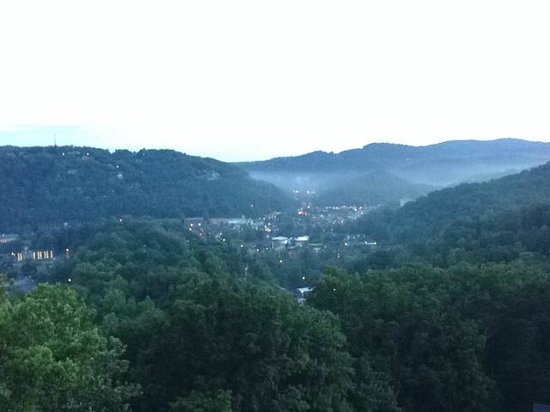Park Vista - DoubleTree by Hilton Hotel - Gatlinburg: Morning rain over Gatlinburg