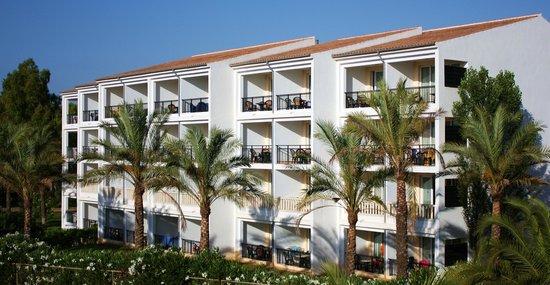 Beach Club Font de Sa Cala : kamers